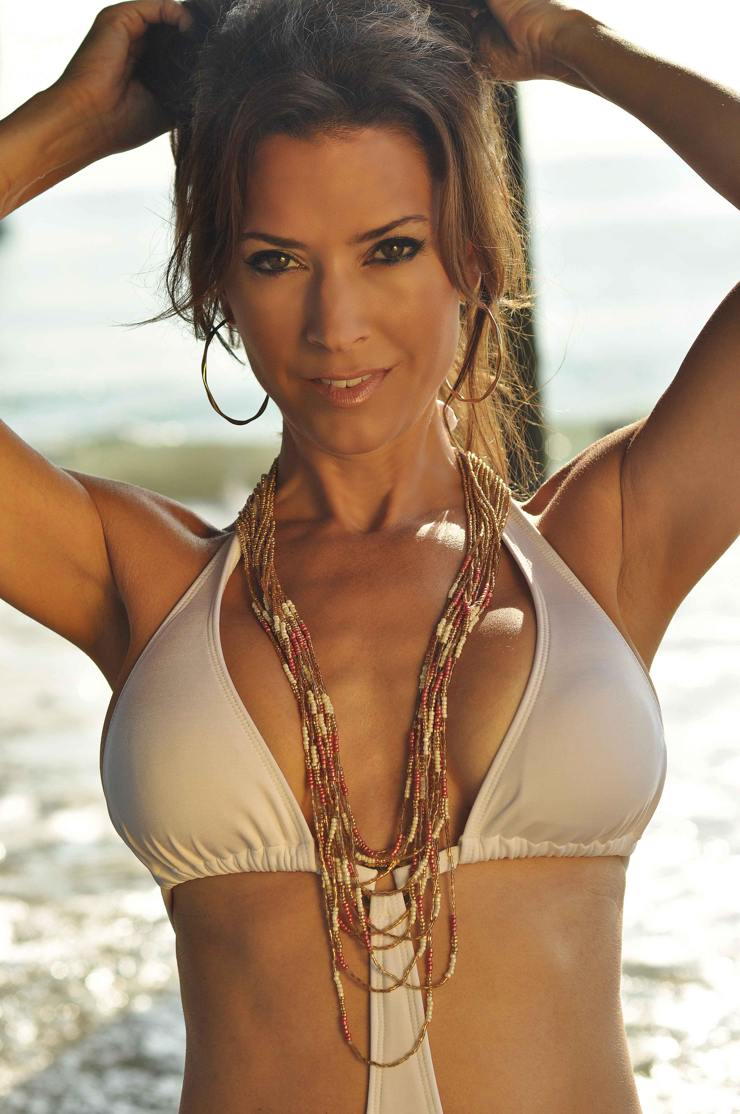 swim  fitness  u2013 karen leblanc  actress  host  spokesperson